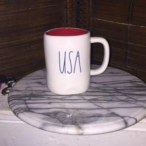 USA Rae Dunn cup